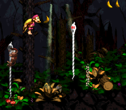 Ghostly Grove DKC2 large pit.png