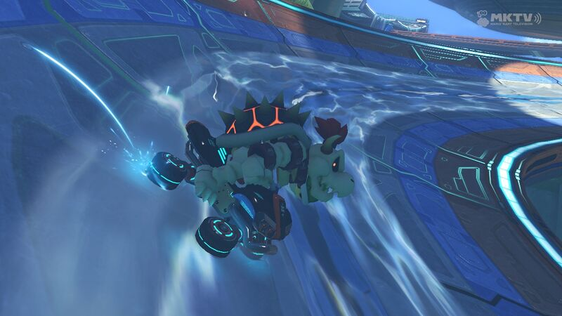 File:DryBowser-BigBlue-Waterway-MK8.jpg